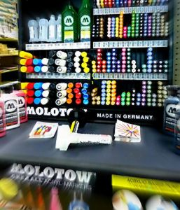 molotow display markers.JPG