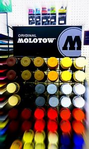 molotow new all display rack.JPG