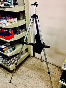 easel silver ligh weight  red box.jpg